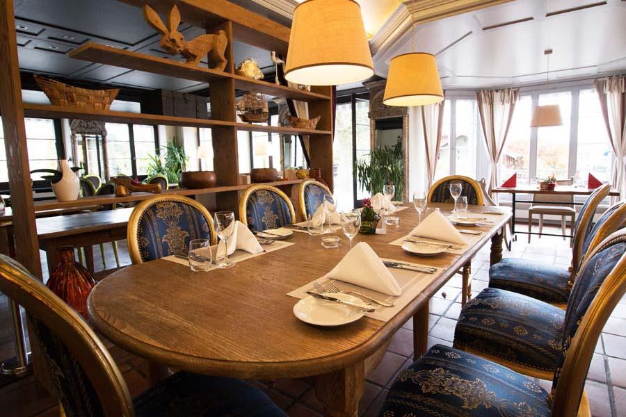 Intro-Kulinarik02-Restaurant-Schloss-Romanshorn-900x600
