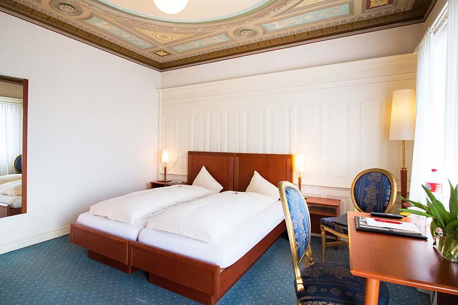 Zimmer DZ-Schloss Romanshorn-900x600